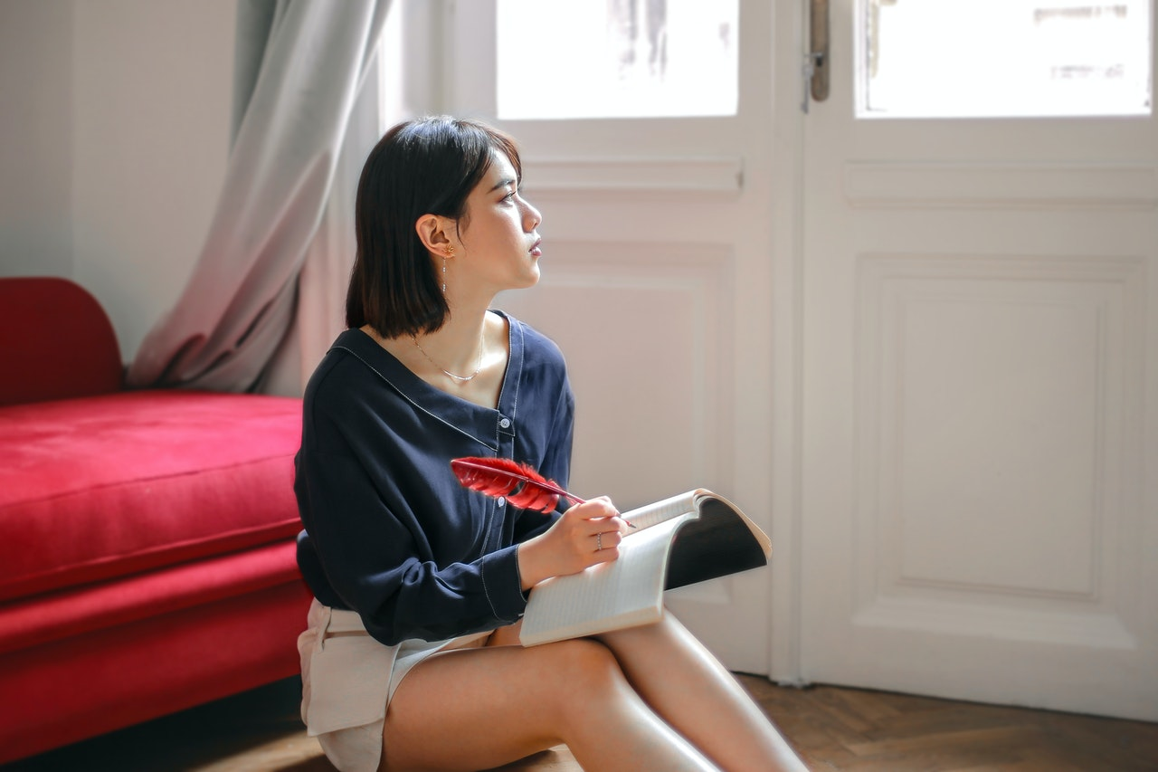 confidence woman visualizing future success
